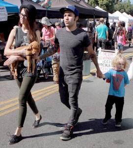 Meagan Camper, Pete Wentz and Bronx Mowgli Wentz Pete Wentz takes his son and girlfriend to an outdoor market Los Angeles, California - 14.10.12 Yael Bergman/WENN.com