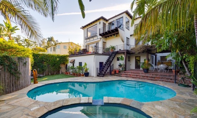 Private Patio Backyard | Silver Lake Real Estate | Silver Lake Homes for Sale | Silver Lake Houses for Sale