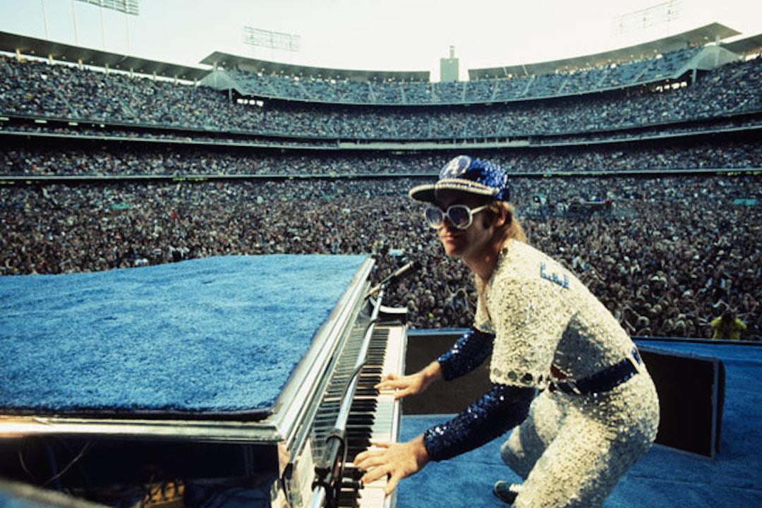 Who Is Elton John Hookup Game
