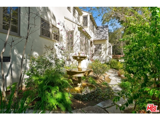 Hollywood Hills Real Estate Agent | Hollywood Hills Neighborhood | Hollywood Hills Homes for Sale