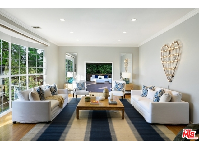 Hollywood Hills Home For Sale | Living in Hollywood Hills | Hollywood Hills Neighborhood