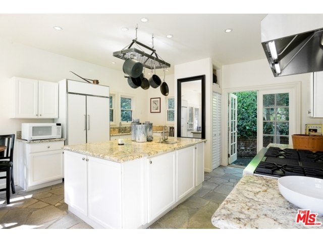 Hollywood Hills Real Estate Agent | Top Hollywood Hills Realtor | Hollywood Hills Houses for Sale
