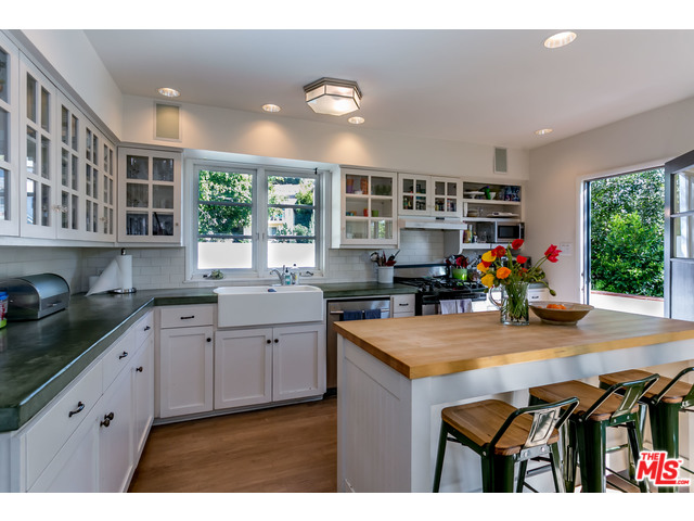 Hollywood hills home for sale 6313 bryn mawr dr silver for Kitchen 24 hollywood