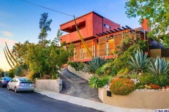 Home For Sale in Eagle Rock | Best Real Estate Agent Eagle Rock | Top Real Estate Agent Eagle Rock