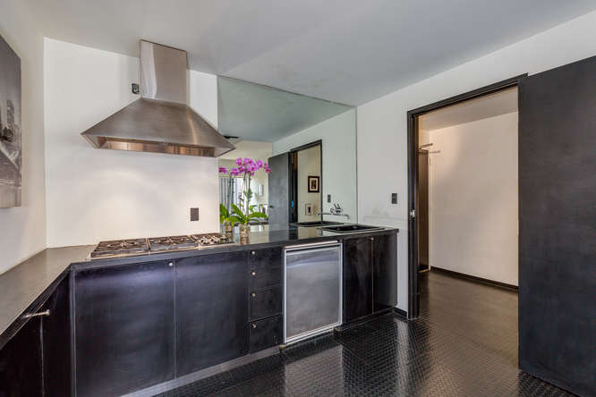 DTLA Luxury high-rise condo new listing | Downtown Los Angeles Condo For Sale Listing | Real Estate Agent DTLA