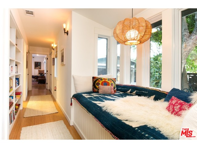 House for Sale in Eagle Rock | Eagle Rock Real Estate Agent | Eagle Rock Real Estate Listings