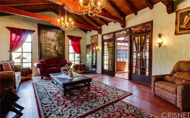 Top Real Estate Agent in Hollywood Hills | Hollywood Hills Realtor | Hollywood Hills Home For Sale