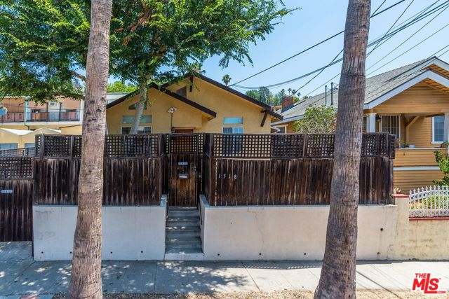 Charming Los Feliz Cottage For Sale Under $600k | Los Feliz Real Estate | Los Feliz House For Sale
