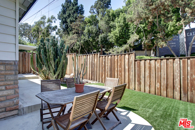 Bungalow For Sale in the heart of Echo Park | Top Realtor Echo Park | Houses For Sale Echo Park Los Angeles