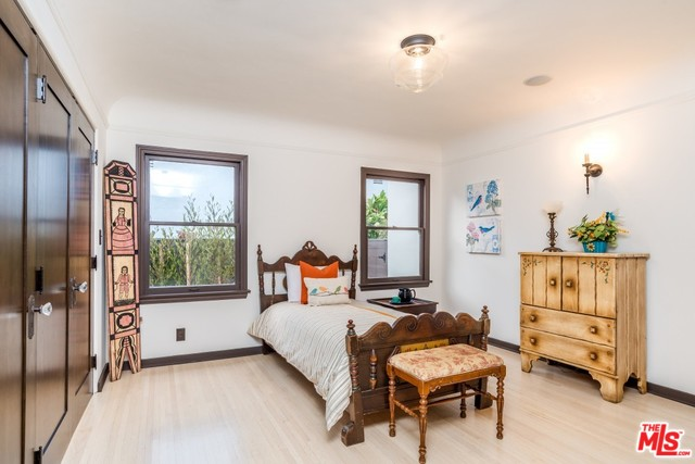 Cary Grant's Los Angeles home for sale | Celebrity Houses For Sale Los Angeles | Los Angeles Realtor Glenn Shelhamer