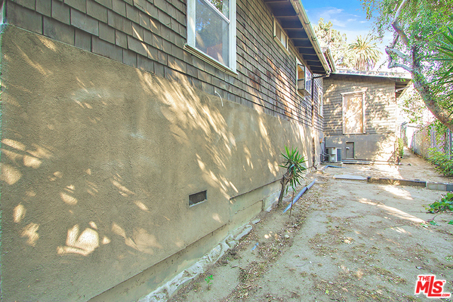 Echo Park Fixer in Prime Angelino Heights | Echo Park Houses For Sale | Echo Park Real Estate For Sale
