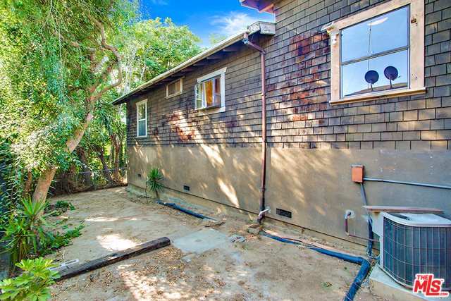 Echo Park Fixer in Prime Angelino Heights | Echo Park Condo For Sale | Echo Park Real Estate Agent Glenn Shelhamer