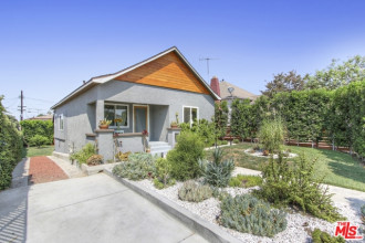 Cute on the Outside - Stunning on the Inside | Best Highland Park Realtor | Highland Park Real Estate Services
