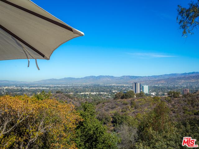 Hollywood Hills Home For Sale With LA Views | Top Hollywood Hills Real Estate Agent Glenn Shelhamer | The Shelhamer Real Estate Group