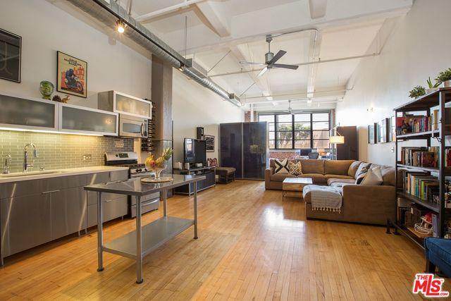 Industrial Street Loft in Prime Arts District| DTLA Lofts | DTLA Lofts for Sale
