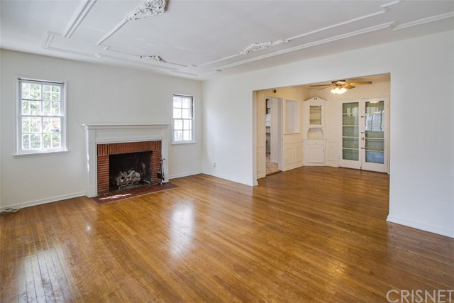 Centrally Located Silver Lake Charmer   Silver Lake Home For Sale   Silver Lake Homes For Sale