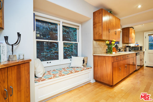 STUNNING Beachwood Bungalow | Hollywood Hills Real Estate | Hollywood Hills Home For Sale
