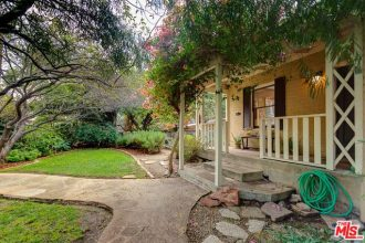 Beautiful Mills Cottage For Sale in Highland Park | Highland Park Real Estate For Sale | Highland Park CA Real Estate