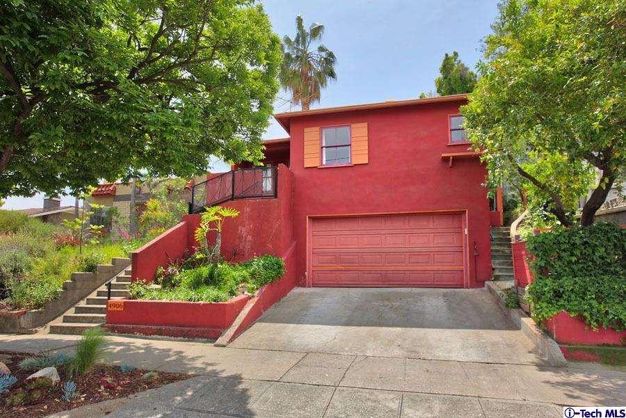 Hilltop Highland Park House For Sale with Panoramic Views | Highland Park Real Estate Agent | Highland Park Realtor