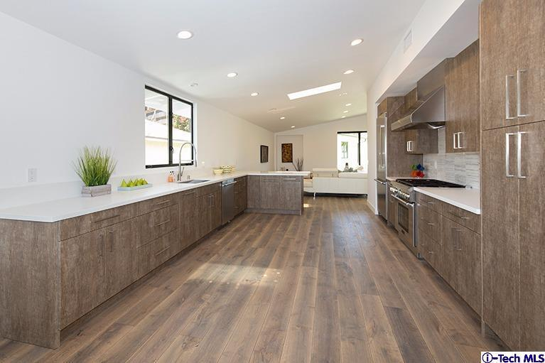 New Contemporary Eagle Rock Hills Home For Sale | Eagle Rock Home For Sale | Eagle Rock Realtor Glenn Shelhamer