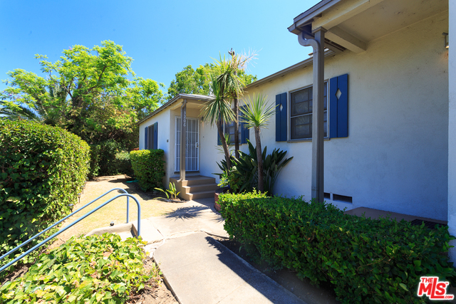 Duplex Charmer in Prime Silver Lake Just Listed | Silver Lake Duplex For Sale | Silver Lake Real Estate Agent Glenn Shelhamer