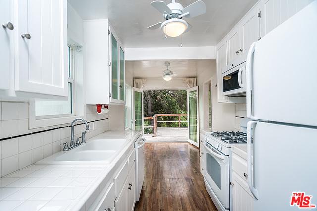Mount Washington Turnkey in the Hills with Stunning Views | Mount Washington Homes For Sale | Mount Washington Real Estate Agent