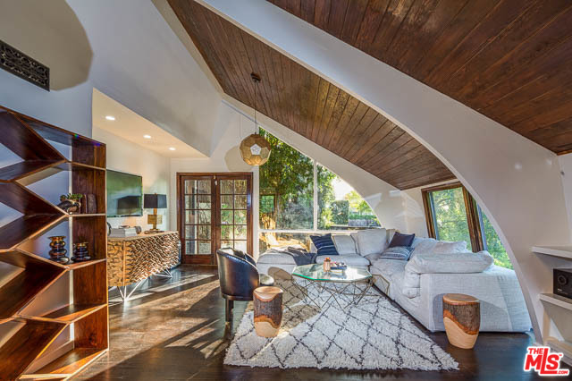 Los Feliz Homes For Sale-3986 CLAYTON AVE, A Top Los Feliz Real Estate Agent Glenn Shelhamer Helps Sell Los Feliz Homes, Los Feliz Houses or Sale