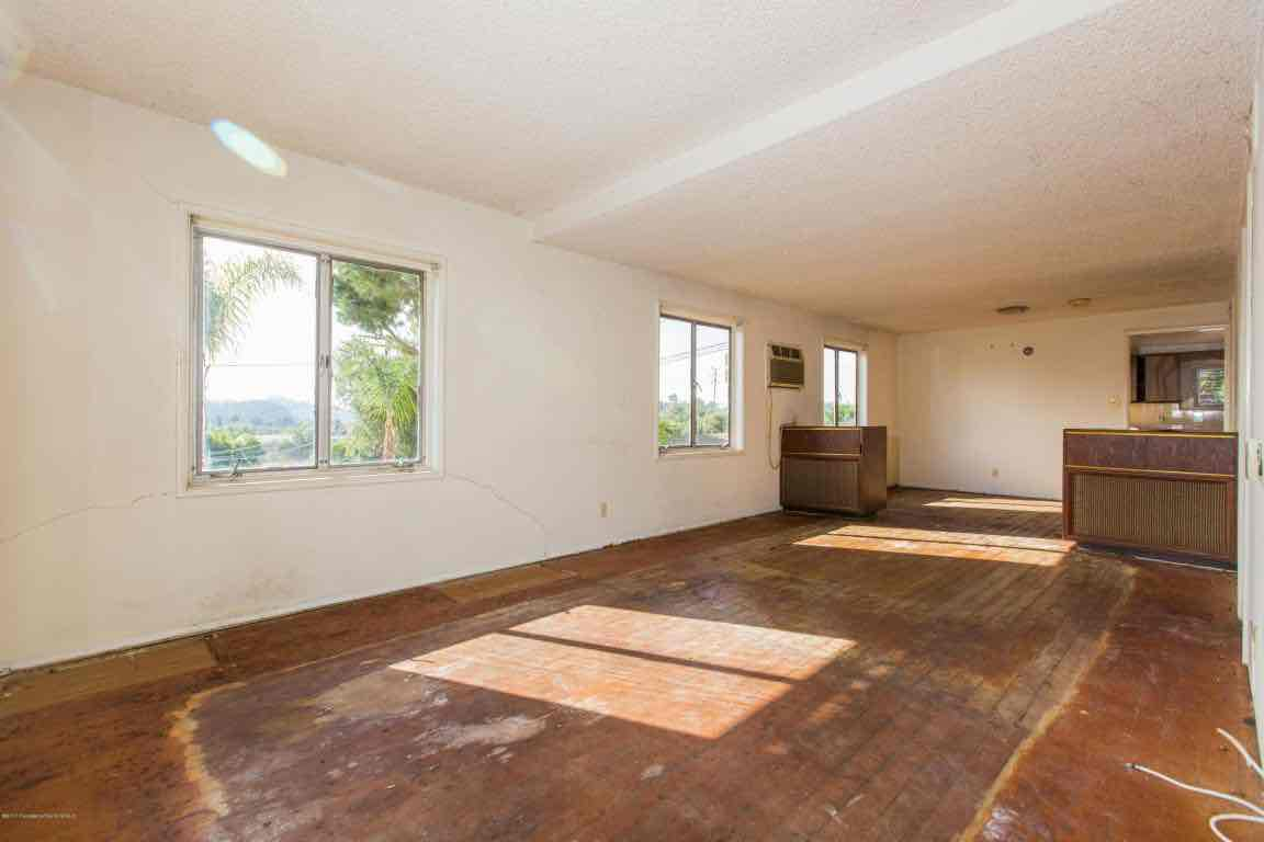 Highland Park Fixer House For Sale-417 LEWIS ST, Highland Park Homes For Sale in Los Angeles, Find a Highland Park Real Estate Agent Glenn Shelhamer
