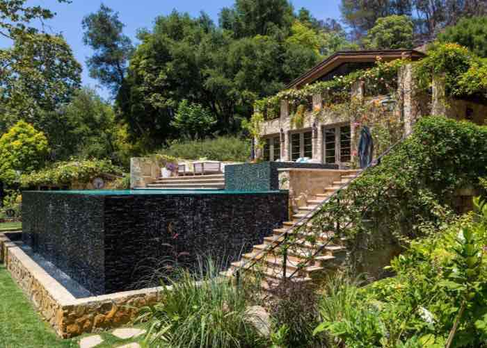 Top most luxurious celebrity homes in Los Angeles, Glenn Shelhamer Listing Agent Los Angeles, Los Angeles Homes For Sale, LA Houses For Sale